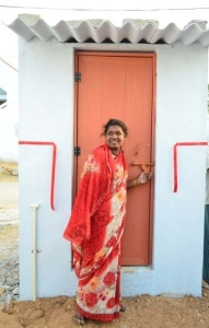 Ouverture d'une bio-toilette dans une région rurale