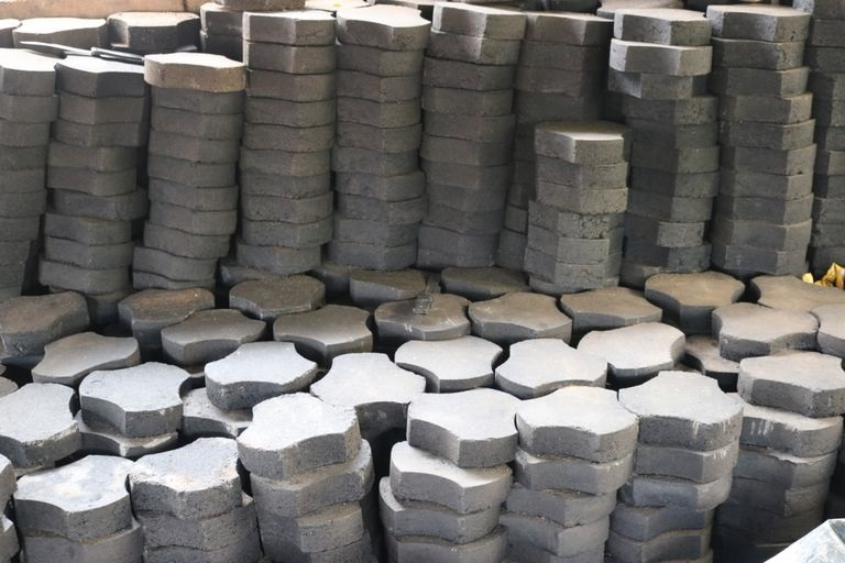 Green Pavers Manufactured From Plastic Waste In Cameroon