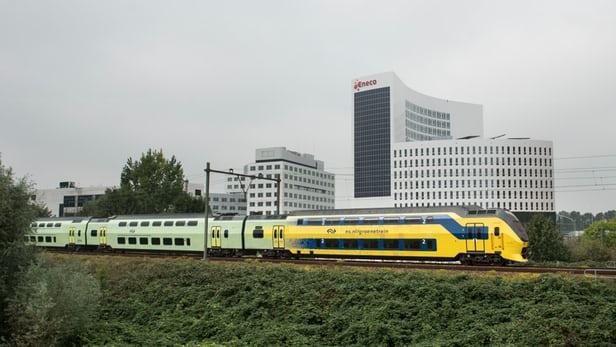 trains-wind-power