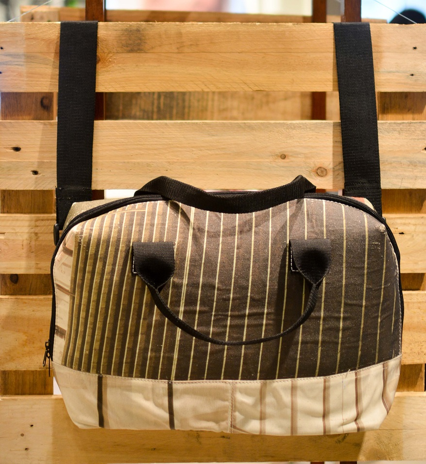 Sakili_Messenger_Bag